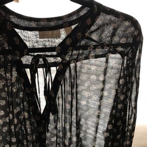 New York and Company Top/Blouse L